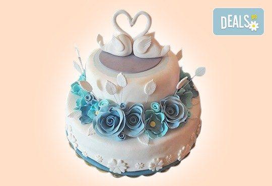 За Вашата сватба! Бутикова сватбена торта с АРТ декорация от Сладкарница Джорджо Джани - Снимка 24