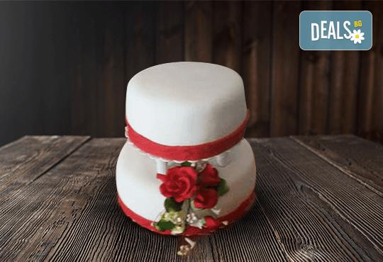 За Вашата сватба! Бутикова сватбена торта с АРТ декорация от Сладкарница Джорджо Джани - Снимка 21