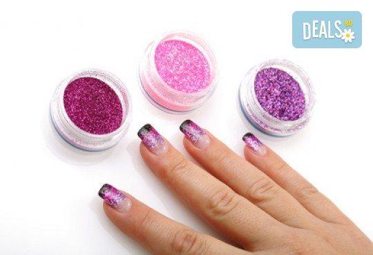 Перфектни ръце! Маникюр с гел лак Semilac, Dama nail и 2 рисувани декорации в Студио за красота Вая - Снимка 1