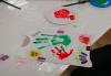 Рисуване върху тениска/боди с ръце (за възраст от 10 месеца до 8 г.), до 8 деца в група в Детски център ДЕТЕгледане - thumb 14