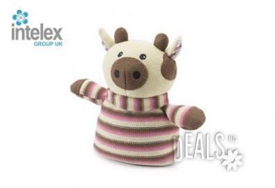 Плетена нагряваща се Плетена Крава Knitted Warmer Cow от Intelex - Снимка
