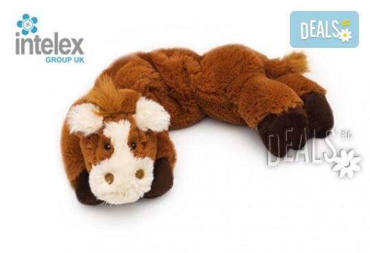 Плюшен нагряващ се Шал Кон Cozy Wrap Horse от Intelex - Снимка 1