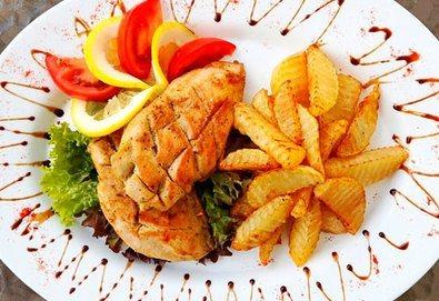 Ресторант Смак вече и в Лозенец! Предложение за двама! Две салати и две основни ястия по избор от над 60 специалитета!