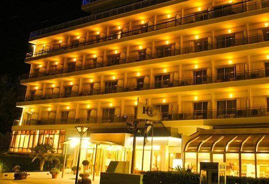 Посрещнете Нова година в Santa Hotel 4*, Солун! 2 нощувки със закуски и вечери, новогодишен куверт по желание! - Снимка 3