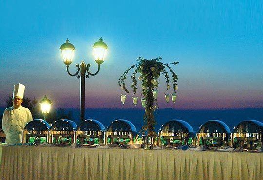 Посрещнете Нова година в Santa Hotel 4*, Солун! 2 нощувки със закуски и вечери, новогодишен куверт по желание! - Снимка 10