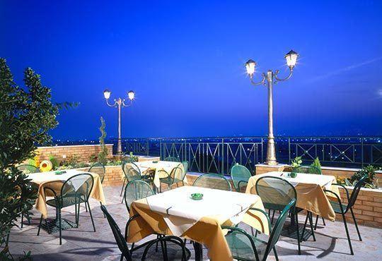 Незабравима Нова година в Атина, Гърция! 2 нощувки със закуски и 1 вечеря в Oscar Hotel 3*, Атина с Агенция Ревери - Снимка 8