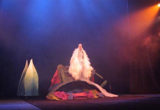 Гледайте Поли Генова във вълшебния мюзикъл Грозното пате в Независим театър, на 01.11. от 11.00ч.! - Снимка 5