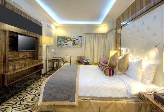 Нова година в Orchid Vue Hotel 4*, Дубай! 7 нощувки със закуски, самолетен билет, летищни такси и обзорна екскурзия! - Снимка 3
