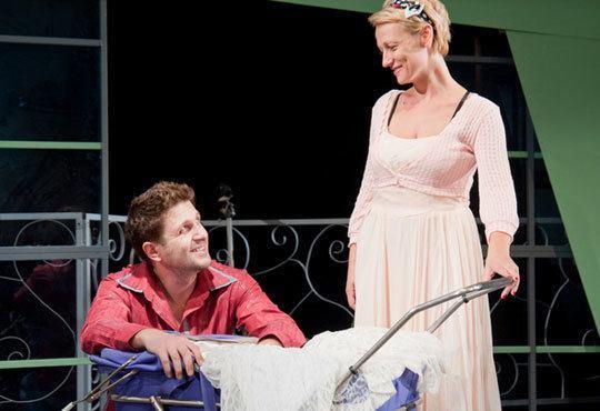 Асен Блатечки във великолепната комедия Бившата жена на моя живот на 06.11, 19 ч., Театър Открита сцена (Сълза и смях) - Снимка 4