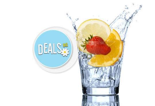 Вземете две салати по избор от цялото меню и 2 броя по 100 мл водка или ракия от ресторант Смак - Снимка 1
