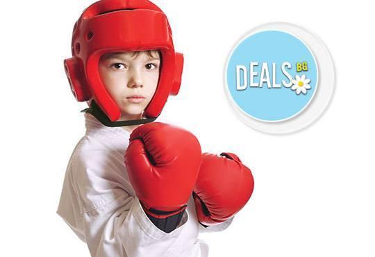 Събудете тялото си за нови приключения! 5 тренировки по бокс за мъже, жени и деца от спортен клуб Overfight! - Снимка 3
