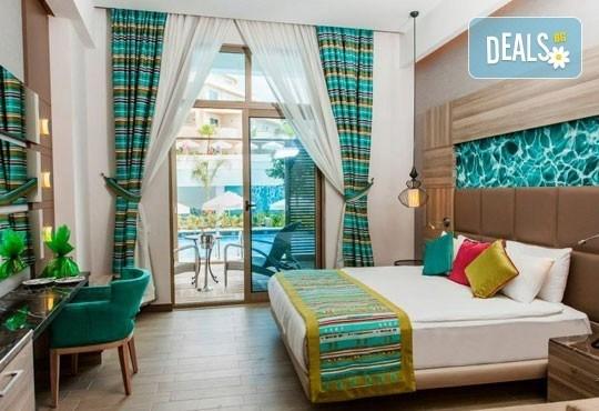Посрещнете Нова година в Long beach resort & SPA 5*, Анталия! 5 нощувки на база All Inclusive и възможност за транспорт - Снимка 3