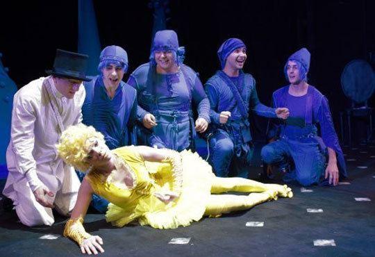 Приказка за малки и големи! Гледайте мюзикъла Питър Пан в Театър София на 01.11, от 11.00ч, билет за двама! - Снимка 9