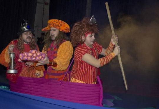 Приказка за малки и големи! Гледайте мюзикъла Питър Пан в Театър София на 01.11, от 11.00ч, билет за двама! - Снимка 12