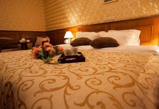 8-ми декември с лукс и удоволствие в Маунтин Бутик Хотел и Спа 3*, Девин! 2/3 нощувки със закуски и празнична вечеря - Снимка 6