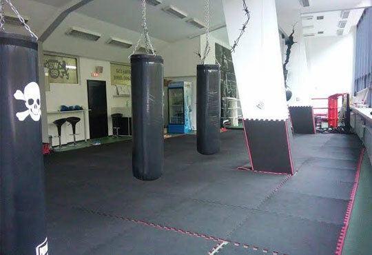 Тренирайте здраво! Пет тренировки по бокс за мъже, жени и деца на стадион Васил Левски, Боен клуб Левски София Запад - Снимка 6