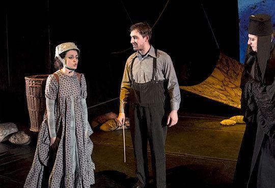 Заповядайте на 07.11. на театър с децата! Гледайте Ян Бибиян в Театър София, Голяма зала, от 11.00ч. с билет за 2-ма - Снимка 4