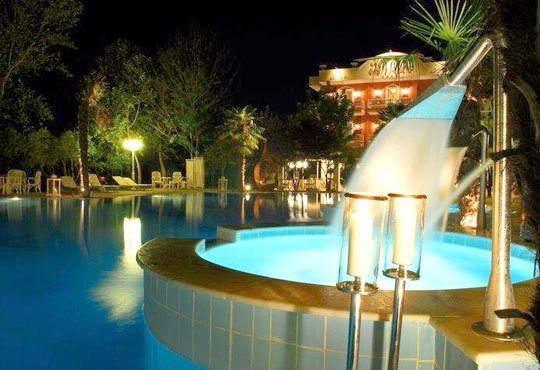 Нова година на Олимпийската Ривиера! 3 нощувки със закуски, 2 обяда, Orfeas Blue Resort 4* и транспорт! - Снимка 4