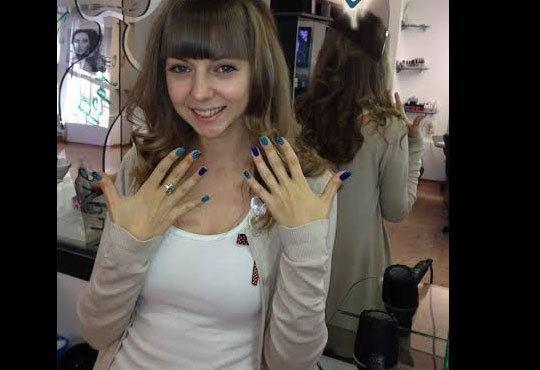 Укротете косата си с възстановяваща арганова терапия плюс сешоар от Салон за красота Studio V, Пловдив - Снимка 6