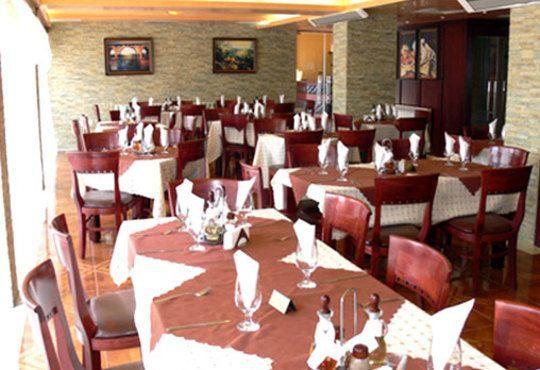 През цялата есен - в семеен хотел Перун, Свищов! 1 нощувка, закуска и вечеря, ползване на сауна, парна баня и солариум! - Снимка 10