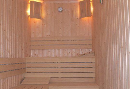 През цялата есен - в семеен хотел Перун, Свищов! 1 нощувка, закуска и вечеря, ползване на сауна, парна баня и солариум! - Снимка 14