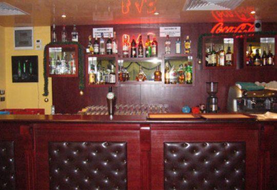През цялата есен - в семеен хотел Перун, Свищов! 1 нощувка, закуска и вечеря, ползване на сауна, парна баня и солариум! - Снимка 7