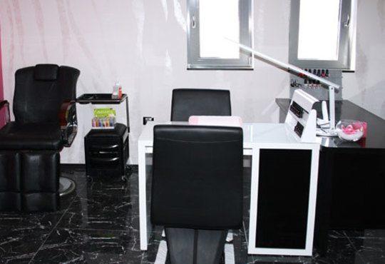 Ново, изваяно тяло! 1 или 5 процедури LPG на зона по избор и бонус в студио за красота Noir! - Снимка 6