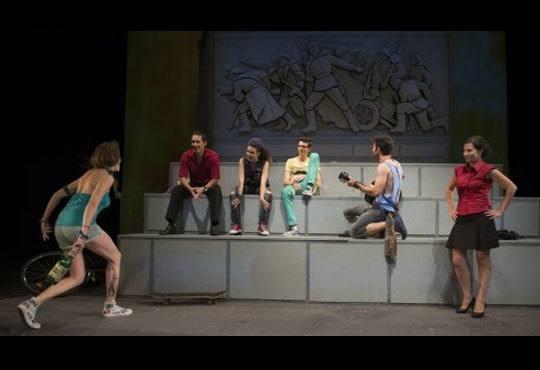 Гледайте спектакъла от Кирил Буховски ''Ние сме вечни !'' в Театър София на 12.11. от 19 ч. - Снимка 4