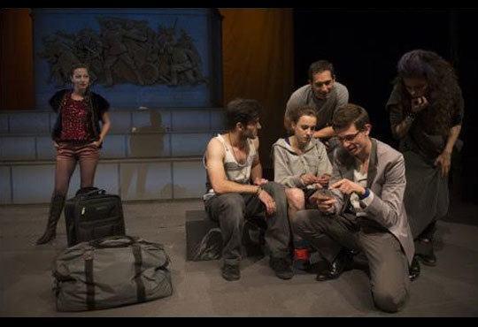 Гледайте спектакъла от Кирил Буховски ''Ние сме вечни !'' в Театър София на 12.11. от 19 ч. - Снимка 5