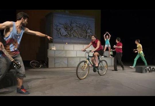 Гледайте спектакъла от Кирил Буховски ''Ние сме вечни !'' в Театър София на 12.11. от 19 ч. - Снимка 6