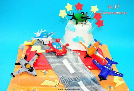 Детска торта с фигурка и пълнеж по избор + кутия, надпис и свещичка от Сладкарница Лагуна!Предплати сега! - Снимка 16
