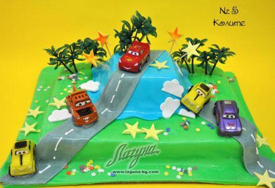 Детска торта с фигурка и пълнеж по избор + кутия, надпис и свещичка от Сладкарница Лагуна!Предплати сега! - Снимка 5