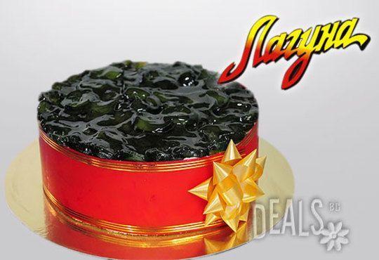 Еклерова торта по избор: с малини, смокини, ягоди или къпини от Виенски салон Лагуна! Предплатете сега 1лв - Снимка 5