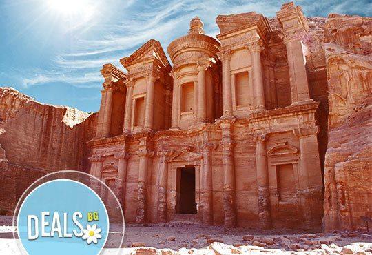 Екскурзия до Акаба и Петра, Йордания! 5 нощувки със закуски и вечери, самолетен билет и джип тур в пустинята Вади Рам! - Снимка 2