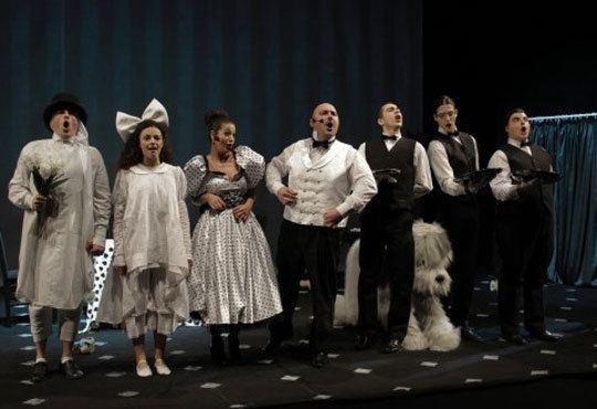 Приказка за малки и големи! Гледайте мюзикъла Питър Пан в Театър София на 15.11, от 11.00ч, билет за двама! - Снимка 9