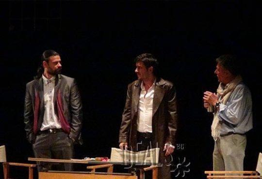 Гледайте Асен Блатечки и Койна Русева във Вик за любов, 23.11., от 19 ч., Театър Открита сцена Сълза и смях - Снимка 3