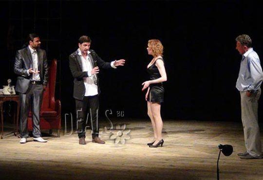 Гледайте Асен Блатечки и Койна Русева във Вик за любов, 23.11., от 19 ч., Театър Открита сцена Сълза и смях - Снимка 2
