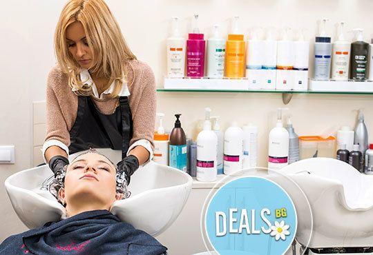 Спрете косопада! Масажно измиване с шампоан против пърхот и косопад, маска, сешоар или преса, Avior beauty center, Варна - Снимка 2