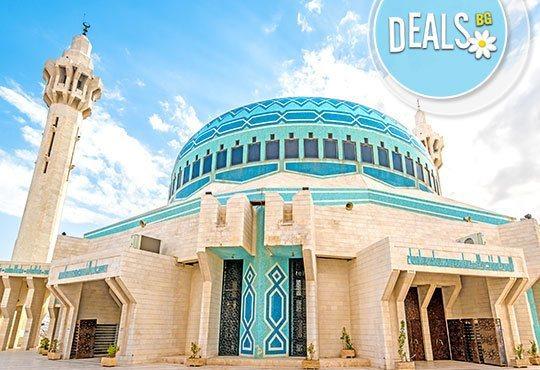 Новогодишна екскурзия до Йордания! 7 нощувки, закуски, вечери, самолетен билет, трансфери и разходка с джип в Уади Рам! - Снимка 1