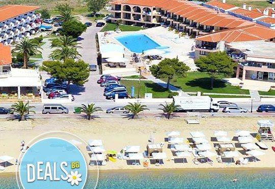 Нова година в Гърция, Халкидики! 3 нощувки на база All Inclusive в Hotel Toroni Blue Sea 4*, с Прайм Холидейс - Снимка 1