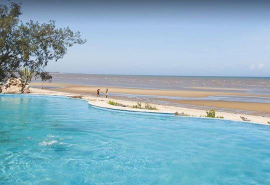 На сафари в Танзания и плаж на о-в Занзибар през Март! Хотел 4*, 9 нощувки, закуски, обеди, вечери, речно и джип сафари - Снимка 4