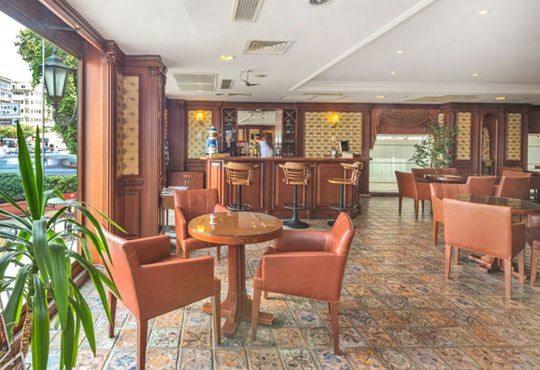 Новогодишна екскурзия в Истанбул! 3 нощувки със закуски на блок маса, хотел 4*, транспорт и водач от Дидона Тур! - Снимка 11