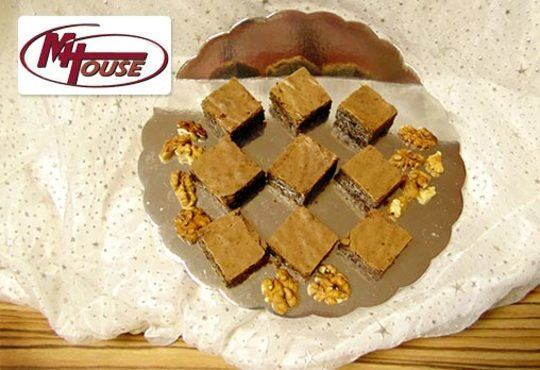 Сбъднати фантазии! 50 или 100 броя сладки петифури микс в ШЕСТ различни вкусови стила от Muffin House - Снимка 5