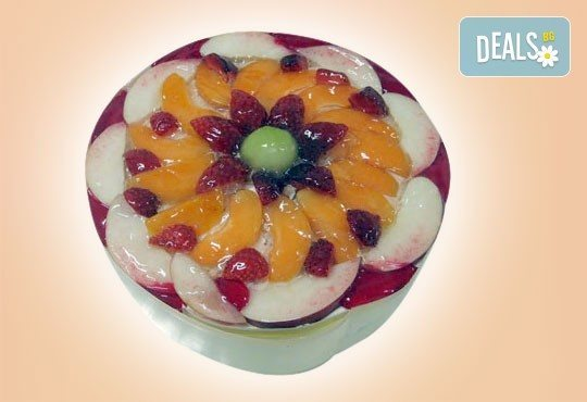 Супер изкушение! Парче шоколадова торта и чаша сок в Сладкарница Орхидея - Снимка 6