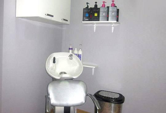 Боядисване с L'Oréal Matrix, терапия според типа коса с инфраред преса и оформяне със сешоар в салон Мелинда! - Снимка 5