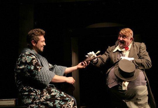 Гледайте чаровния Калин Врачански и Мария Сапунджиева в Ревизор, Театър ''София'', на 27.11. от 19 ч., билет за един! - Снимка 5