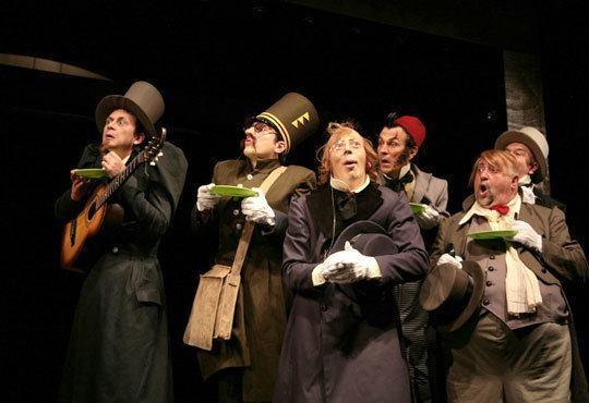 Гледайте чаровния Калин Врачански и Мария Сапунджиева в Ревизор, Театър ''София'', на 27.11. от 19 ч., билет за един! - Снимка 6