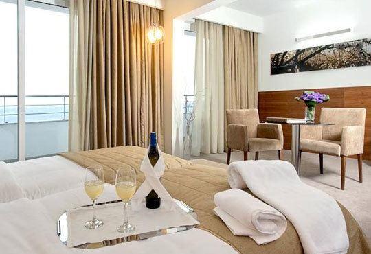 Нова година в Lucy Hotel Kavala 5*, Кавала, Гърция! 3 нощувки със закуски, вечери и гала вечеря от Океания Турс! - Снимка 5