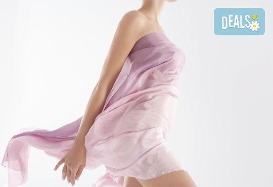 За гладка като коприна кожа! IPL+RF фотоепилация за жени на цяло тяло в салон за красота Beauty Angel в Лозенец! - Снимка 1