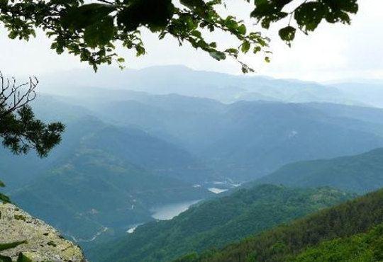 Коледа в село Равногор - зеления рай на Родопите! Хотел Панорама 2*, 2 нощувки със закуски и вечери! - Снимка 9